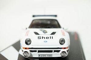 38 フォード・RS200000.JPG