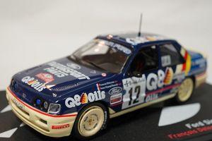 42 フォード・シエラRSコスワース4×4004.JPG